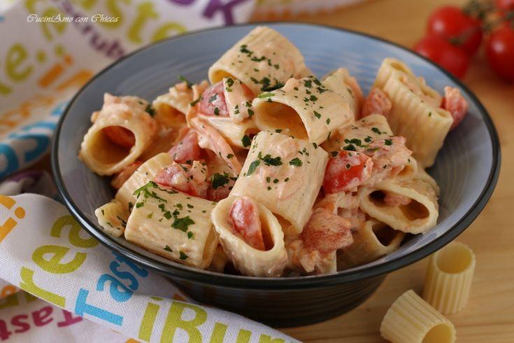 Paccheri con salmone e pomodorini