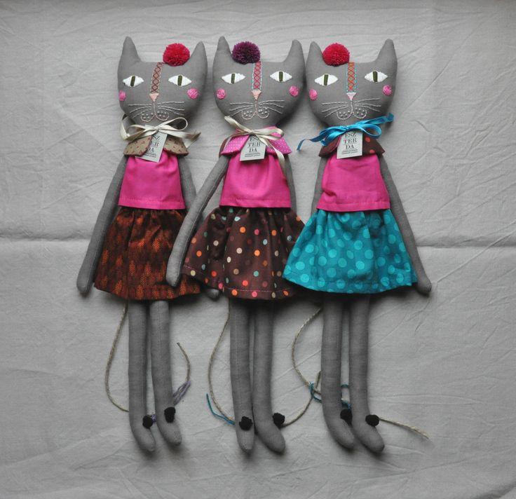 ESZTERDArte Rag Cats, on Etsy