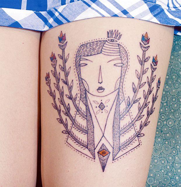 O estilo autoral de Tereza Dequinta e suas fantásticas tattoos com traços livres