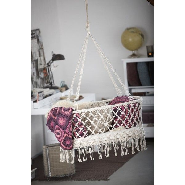 Diy hanging baby cradle woodworking projects plans for Diy macrame baby swing
