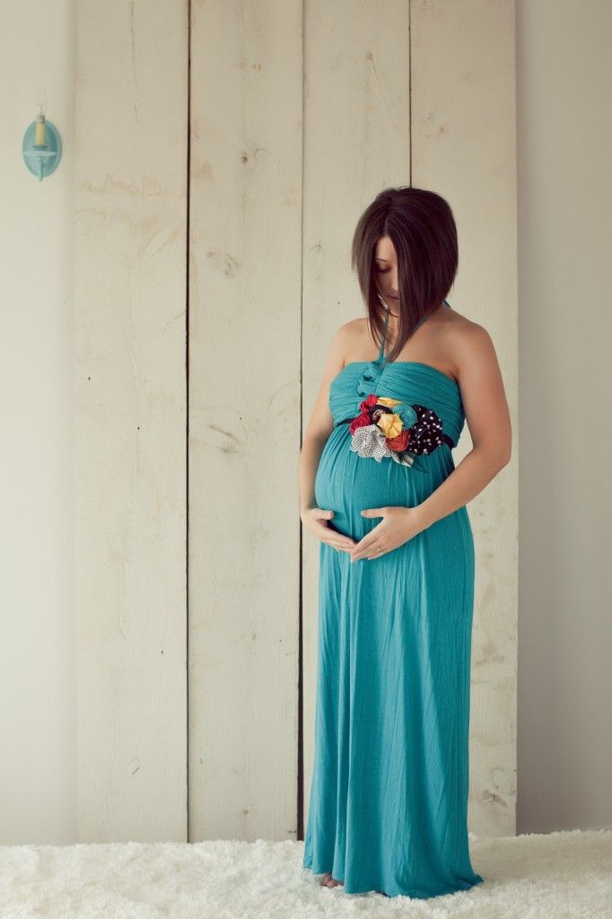 maternity sash! lovveee and love the dress!