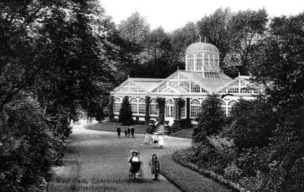 West Park, Wolverhampton, circa early 20th century, P/8172 by WAVE:Galleries, Museums, Archives of Wolverhampton, via Flickr