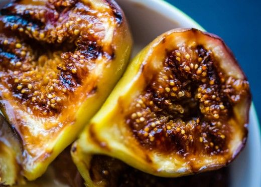 Grilled figs go well with cheese