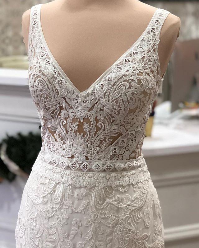 The Wedding Studio Indianapolis Indiana Lillian West Boho Wedding Dress Lillian West Wedding Dress Lillian West Bridal Wedding Dresses Lace