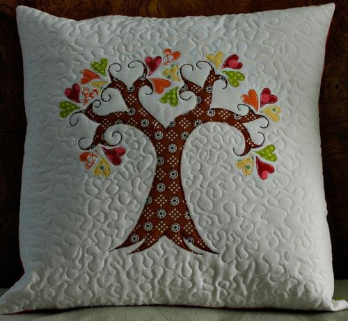 Tree of Life Pillow....or enlarge as a center medallion for a quilt!