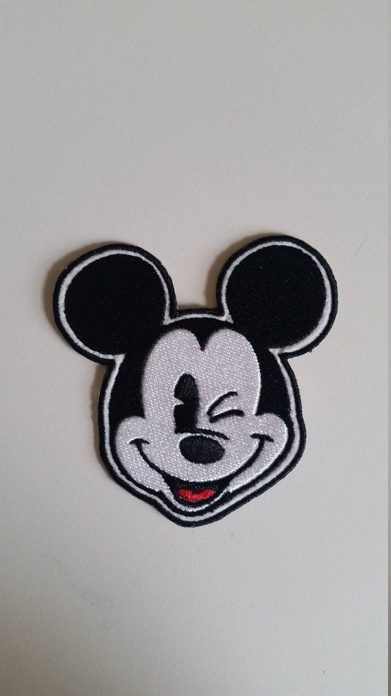 "Disney/'s Minnie Mouse Classic Black//White Sewn//Iron On Embroidered 4/"" Patch"