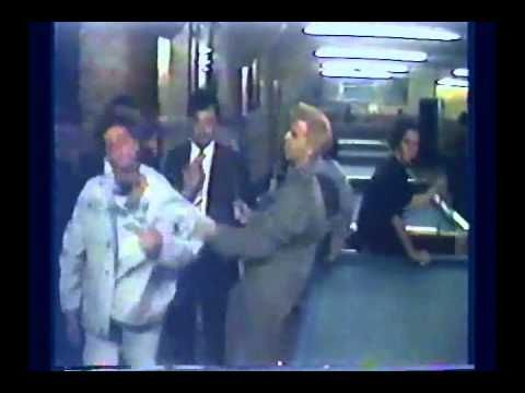 ▶ RADIO FUTURA - LA NEGRA FLOR ( VIDEO ORIGINAL 1987 ) - YouTube