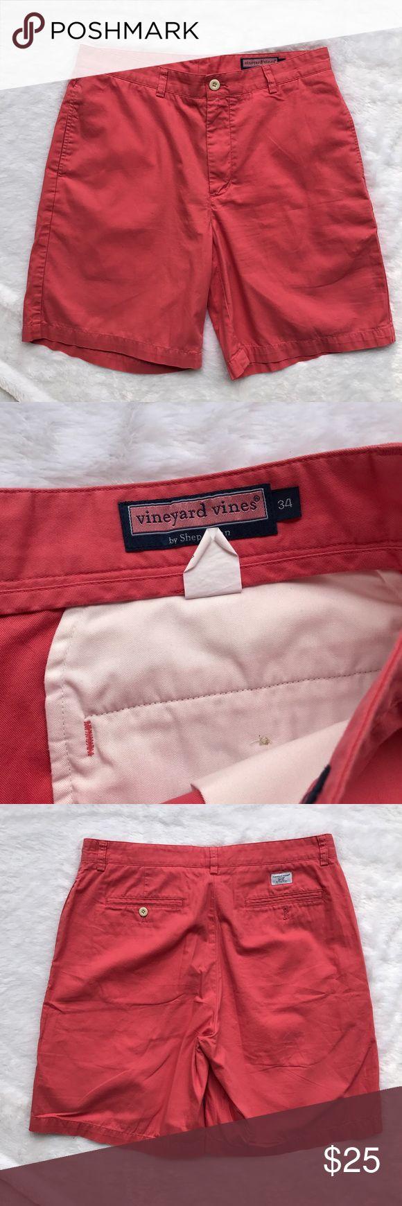 Vineyard Vines Men's Coral Red Shorts Condition: Great Size: 34 Color: Coral Vineyard Vines Shorts Cargo