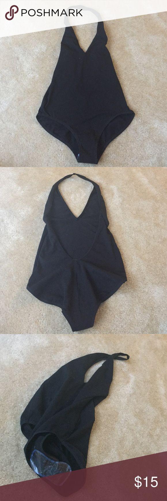 American Apparel Halter Bodysuit NEVER WORN American Apparel Cotton Spandex Halter Bodysuit NEVER WORN SZ Small American Apparel Tops
