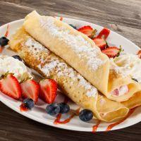 Cheesecake crepes with fruit IHOP