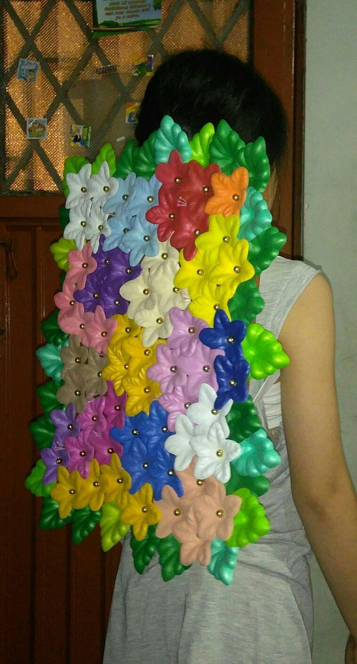 Arreglo de flores para disfraz de silletero, información y pedidos al wap 3155334049.