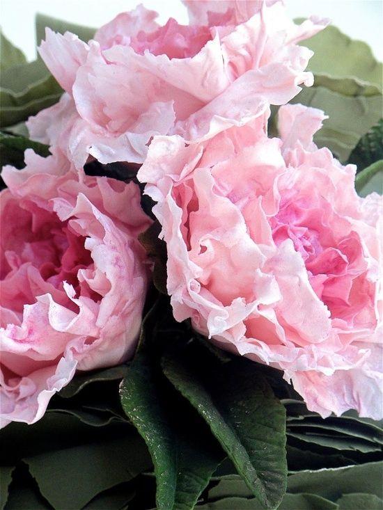 Pink peonies and sugar paste leaves