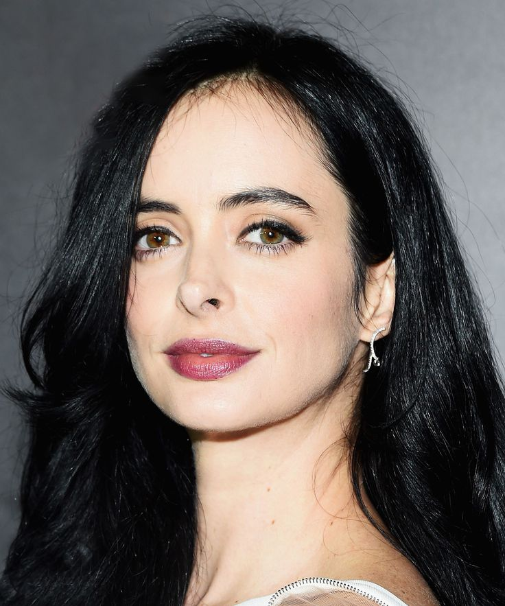 How To: Krysten Ritter Nails Modern Femme Fatale