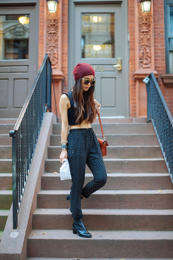 Wouldn't wear that top but love the pants, boots and hat