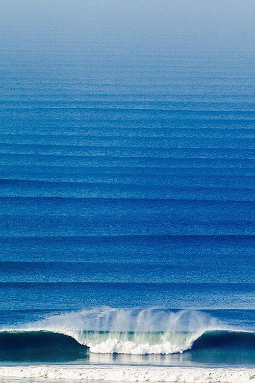 Sculptural waves.