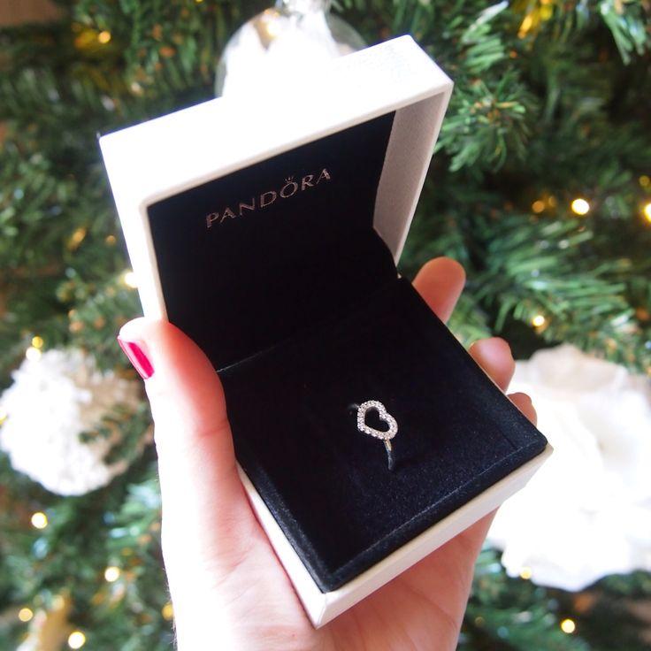 #myPANDORAgift #pandora #mypandora #pandorajewelry #pandoraring #lovepandora #silverjewelry #heartring @officialpandora