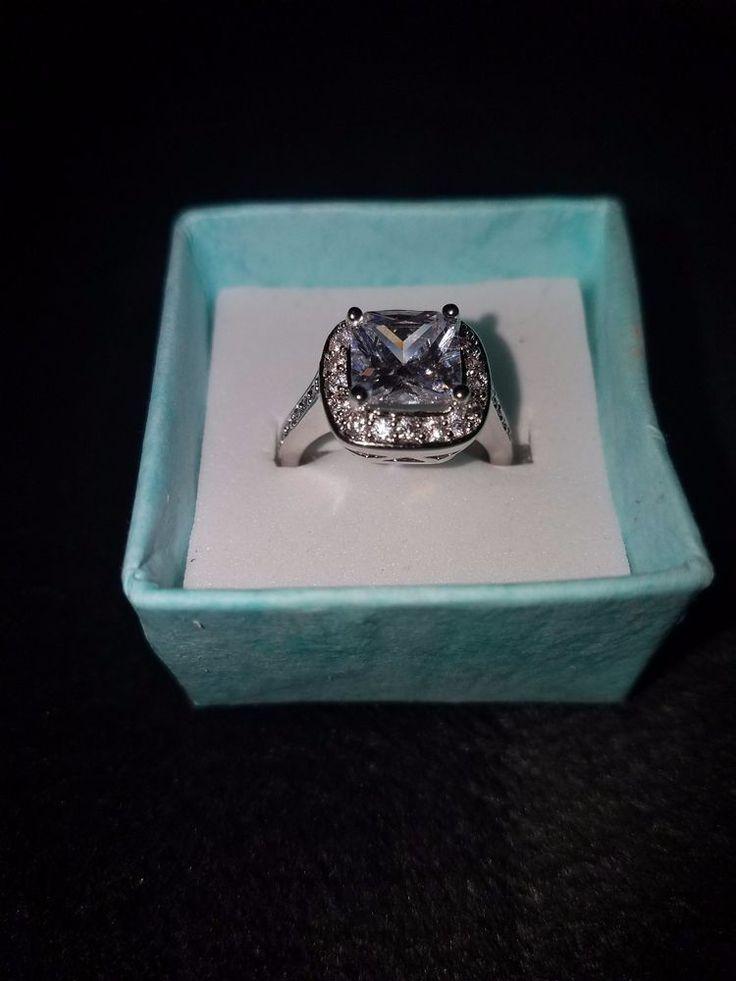 womens size 6 3 Karat white sapphire princess cut white gold engagement ring.