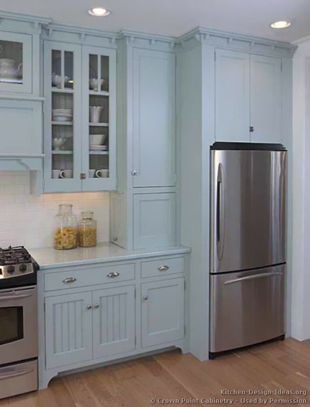 Traditional Blue Kitchen Cabinets #04 (Crown-Point.com, Kitchen-Design-Ideas.org)