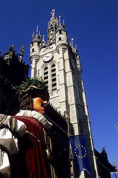 Fête des Géants et beffroi, Douai, Nord Pas de Calais.