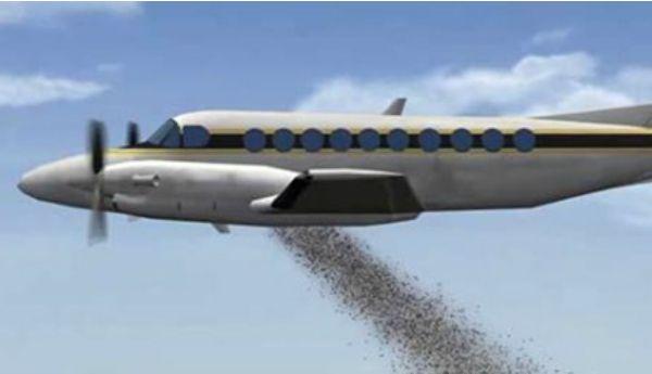 Águas de Pontal: Tailândia usa aviões militares para bombardear sem...