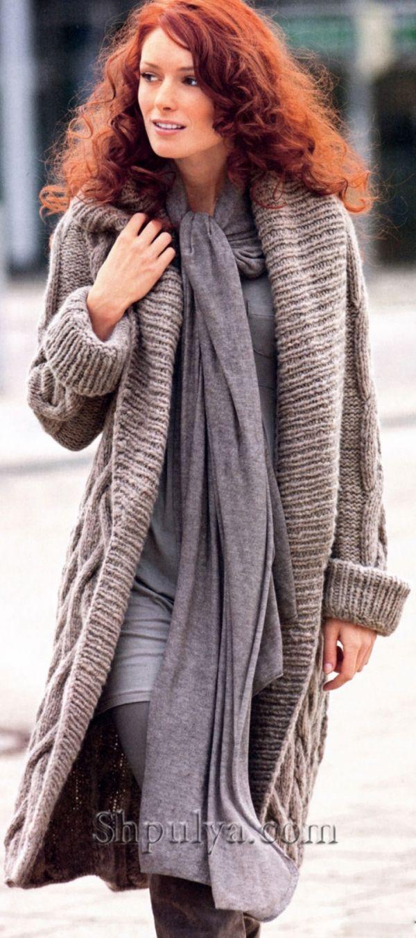 вязание пальто с капюшоном с косами схема описание