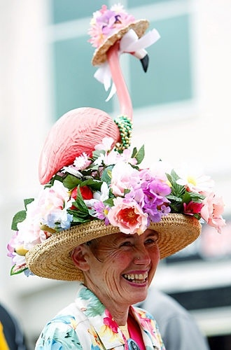 That's where that lawn flamingo went! Amazing Derby Day inspiration...