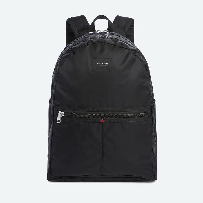 The Union is our premium classic backpack finished with high-end details.