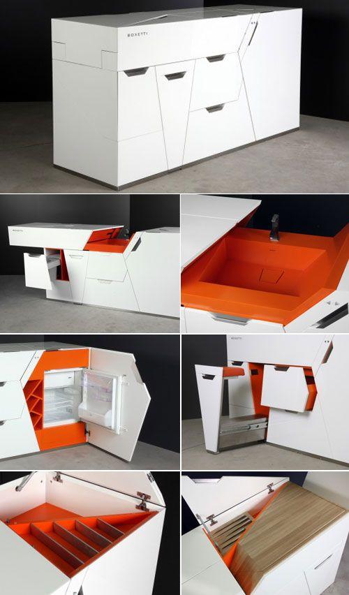 cozinha, num espaço reduzido