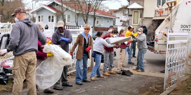 Video Clips: Jehovah's Witnesses—Hurricane Sandy Relief Efforts