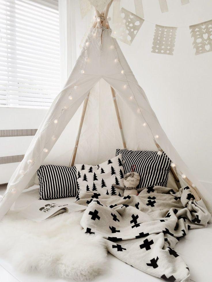 inspiration-diy-tipi-chambre-enfant-FrenchyFancy-1.jpg (736×980)