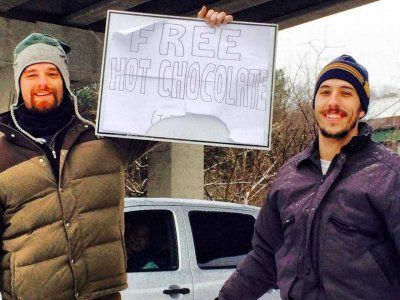 SnowedOutAtlanta Facebook Page and how Atlanta came together with random acts of kindness during the snow-in of jan 2014  - Business Insider