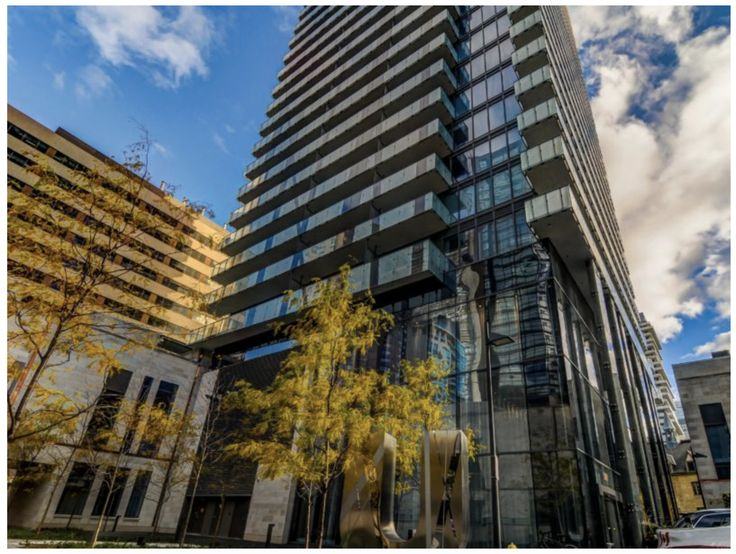 Check out Forest Hill Real Estate Sales Rep. Rosanne Agasee being featured on TorontoLife.com for her beautiful listing '1080 Bay Street' located at Bay and Bloor for the 'Condo of the Week'. Way to go, Rosanne! - https://torontolife.com/real-estate/condos/toronto-condo-for-sale-1080-bay-street-2/