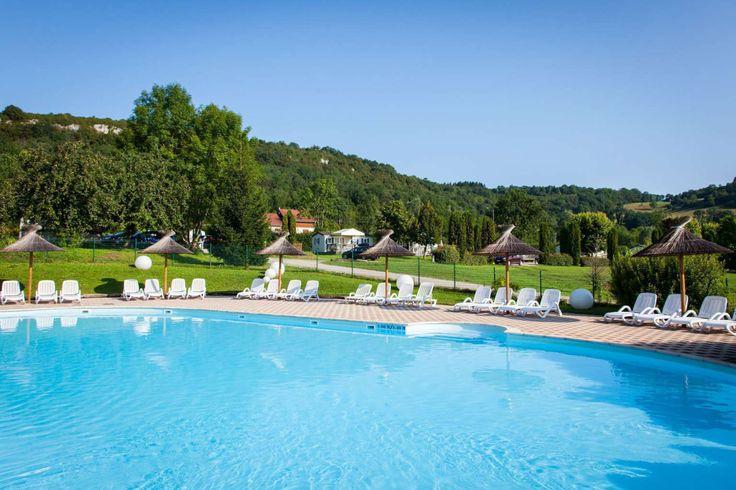 Camping Jura   Camping avec piscine Domaine de l'Epinette