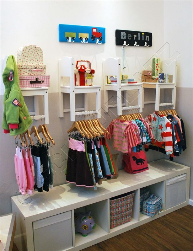 unser Kinderzimmer im SCHAUPLATZ  #Stühle #Regalidee #Kinderzimmerdekoration #Store #Kids #Ladeneinrichtung #LadeneinrichtungKinder #kreativeIdee #DIY #Kinderzimmer
