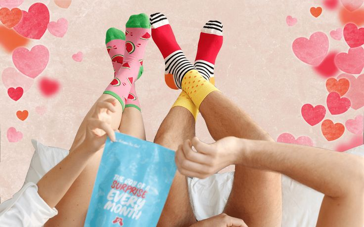 Last minute fun holiday gift: Say It With a Sock subscription plus FREE holiday socks (Christmas & Hanukkah available)!     Say It With A Sock Valentine's Day Deal: FREE Socks with Subscription! →  https://hellosubscription.com/2017/02/say-sock-valentines-day-deal-free-socks-subscription/ #SayItWithASock  #subscriptionbox