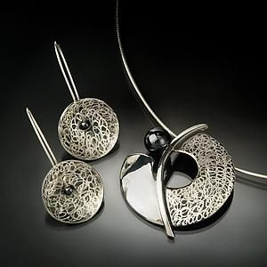 Balance: Chi Cheng Lee: Silver & Stone Jewelry | Artful Home