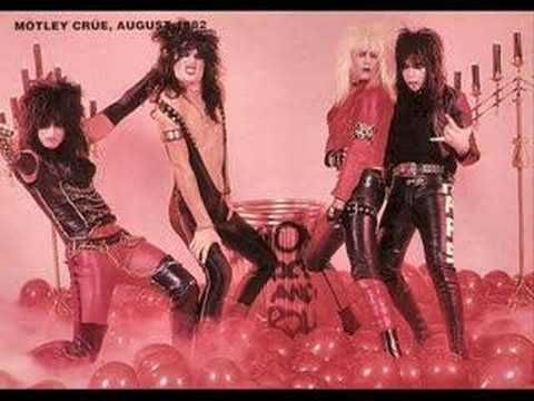 Helter Skelter - Motley Crue- PRETTY COOL PICS THROUGH THE YEARS