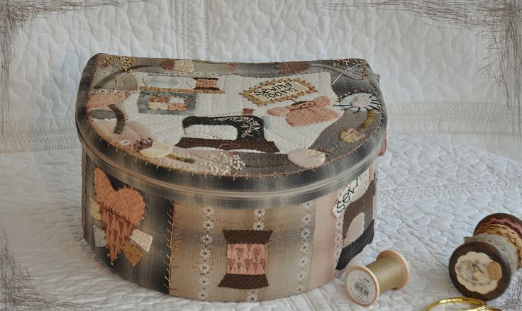 http://www.craftsy.com/pattern/quilting/home-decor/my-sewing-roomby-mjjenek/154441 #quilt #pdfpattern #handappliqué #sewing #patchwork #pattern #box #sewing #cartonnage