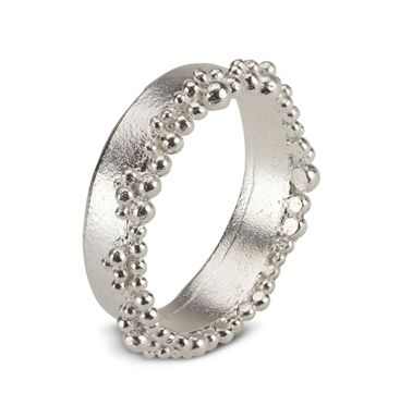 Froth Ring | Contemporary Rings by contemporary jewellery designer Hannah Bedford