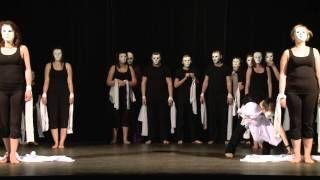 """Spektakl """"AUTentYcZni My"""" w wykonaniu niepełnosprawnych artystów prowadzonego przez nas Integracyjnego Teatru Tańca.  Przedstawienie odbyło się w ramach europejskiego projektu Move and Pull Down The Wall. Przekazując nam swój 1 procent wspieracie niepełnosprawnych artystów."""