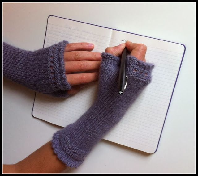 Mes Reading Mitts!