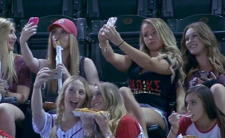 Watch: Announcers hilariously dissect sorority 'selfie time' at D-backs-Rockies game   FOX Sports