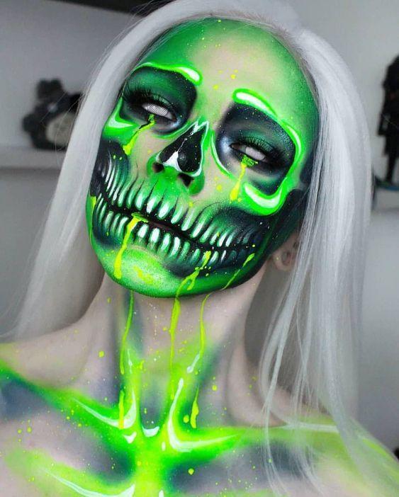 Halloween Makeup Artist, Amazing Halloween Makeup, Halloween Makeup Looks, Pretty Halloween, Easy Halloween, Face Paint Makeup, Halloween Tutorial, Crazy Makeup, Fantasy Makeup