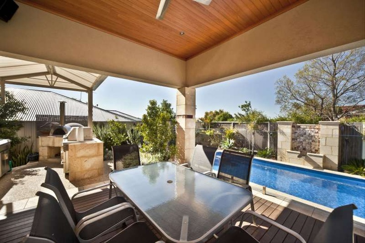 Alfresco, outdoor kitchen & pool area, Bayswater project