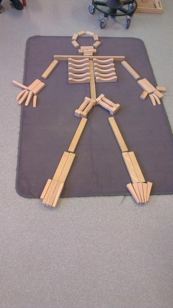 Mijn lichaam - nabouwen met blokjes