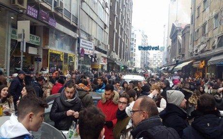 Πήραν φωτιά οι ψησταριές: Άρχισε ήδη το πρωτοχρονιάτικο γλέντι στη Θεσσαλονίκη