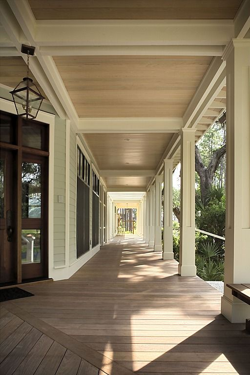 Best 25 wrap around porches ideas on pinterest southern for Wrap around porch columns