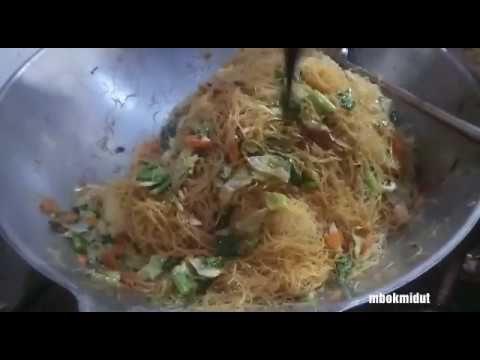 Masak 1 5 Kg Mie Bihun Jagung Untuk Isi 100 Nasi Box Youtube Jagung Resep Kubis