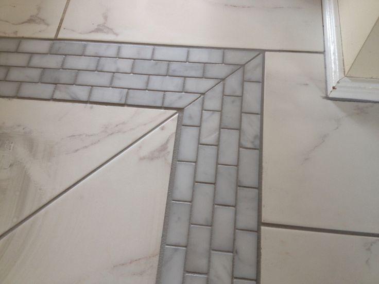 Floor Feature Mosaic : Carrara Honed