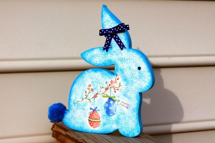 """Ξυλινο διακοσμητικο για το Πασχα με decoupage-""""Το μπλε λαγουδακι"""""""